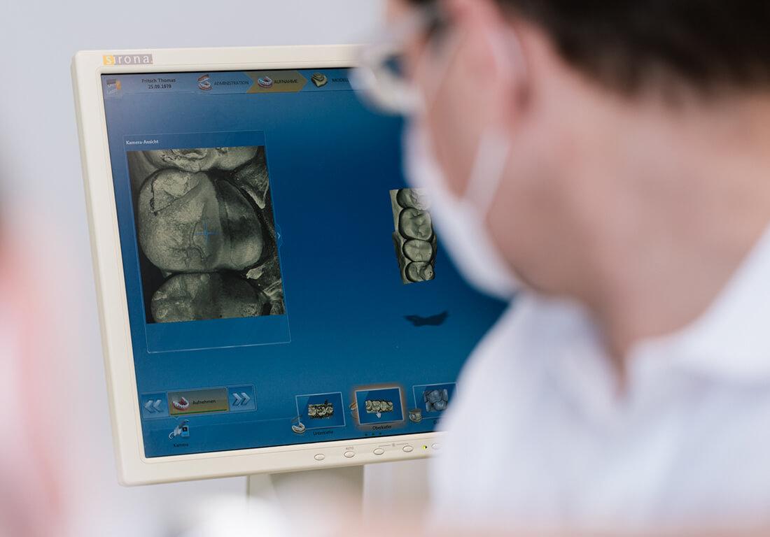 Zahnarzt Berlin Tegel Ubbelohde Implantologie